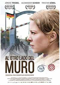 Al-otro-Lado-del-Muro-(2013)
